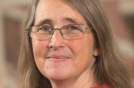UNH assistant professor Sarah Theimer