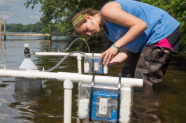 UNH cyanobacteria research on N.H. lake