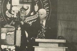 John McCain at UNH presidential debate