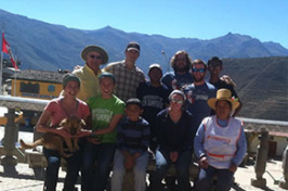 Kate Cart and other members of UNH Engineers Without Borders in Peru