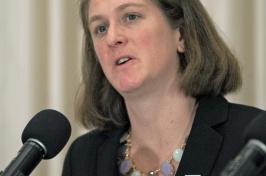 UNH researcher Jennifer Miksis-Olds