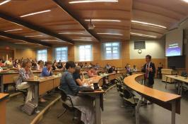 NH state legislator Thomas Sherman talks to UNH students