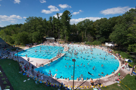 UNH outdoor pool