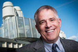 UNH interim dean of CEPS Charles Zercher