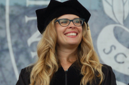 UNH graduate and screenwriter Jennifer Lee