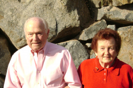 UNH alumni Lloyd and Grace Farwell