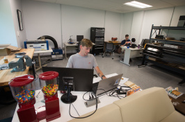 Matt Griswold '18 works at the UNH Makerspace in the Peter T. Paul Entrepreneurship Center or ECenter.