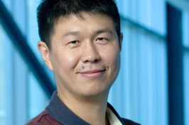 Xiaowei Teng, associate professor of chemical engineering