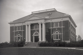 photo of Hamilton Smith Hall in 1919