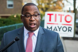 Tito Jackson while running for mayor in 2017 (photo by ARAM BOGHOSIAN FOR THE BOSTON GLOBE)