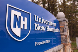 Sign at the entrance to the University of New Hampshire