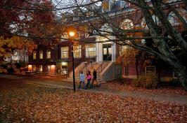 UNH Campus Huddleston Hall