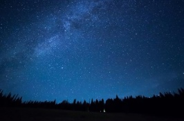 picture of starless night sky