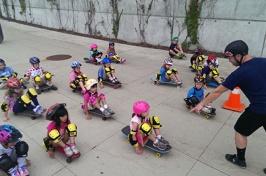 kids during skateboard class