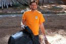 student volunteer in california forests
