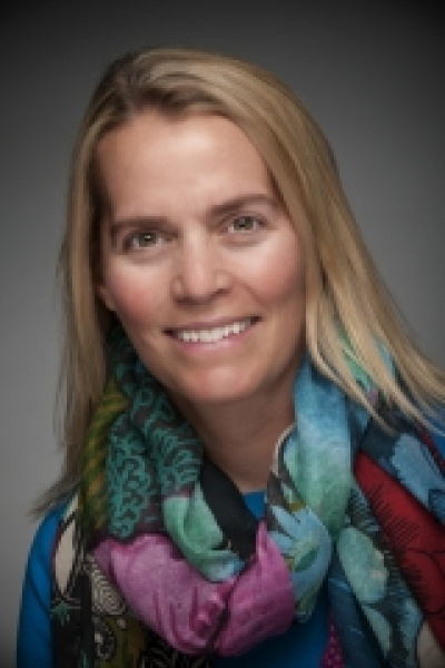 Head shot of Jennifer Seavey, executive director of the Shoals Marine Laboratory