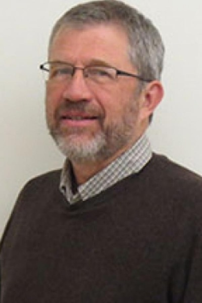 UNH Professor Bill McDowell headshot