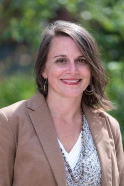 Head shot of UNH Associate Professor Paula Mouser