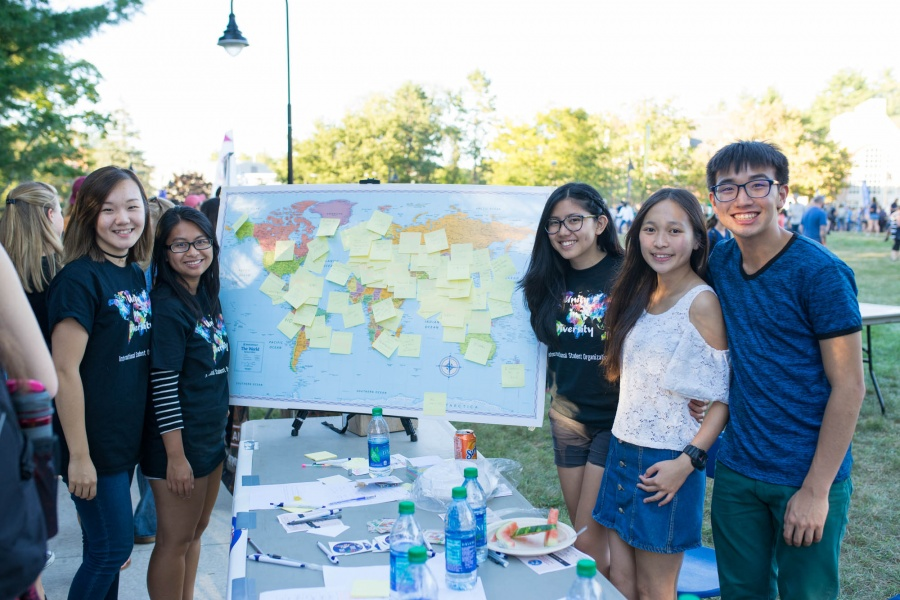 UNH students at University Day