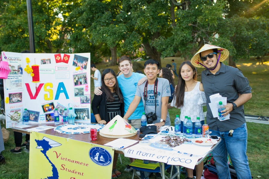 UNH Vietnamese Student Association at University Day