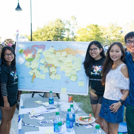 UNH students at University Day