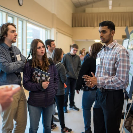 A University of New Hampshire student presenting research results at the 2018 College of Life Sciences and Agriculture Undergraduate Research Conference