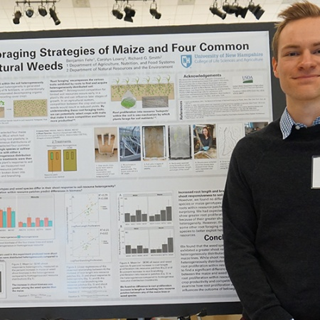 Benjamin Fuhr '18 at the UNH Undergraduate Research Conference