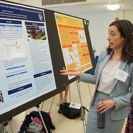 Danielle Kalmbach '18 at the UNH Undergraduate Research Conference