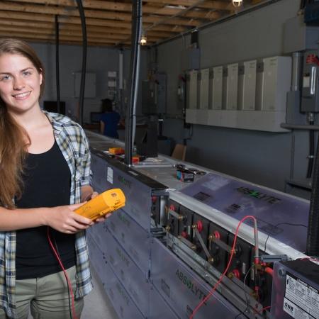 UNH Shoals Marine Laboratory sustainable engineering interns