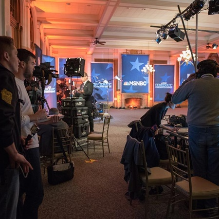 UNH journalism students behind the scenes at the presidential debate