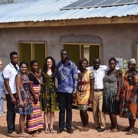 UNH students in Ghana