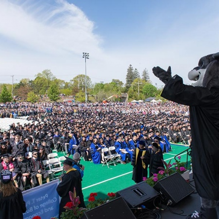 Gnarlz, UNH mascot, at Commencement 2016
