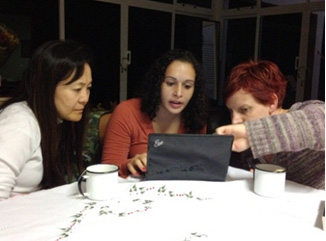 Yuka, Melody, and Jenni discuss the merits of one IPA (International Phonetic Alphabet) symbol over another to better define Portuguese diction for singing.