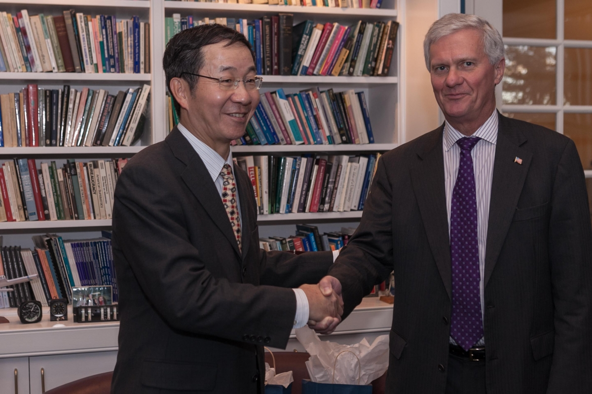 Chinese ambassador Guoxiang Sun and UNH president Mark Huddleston