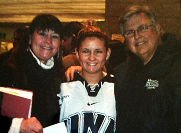 Lindsey Minton and parents