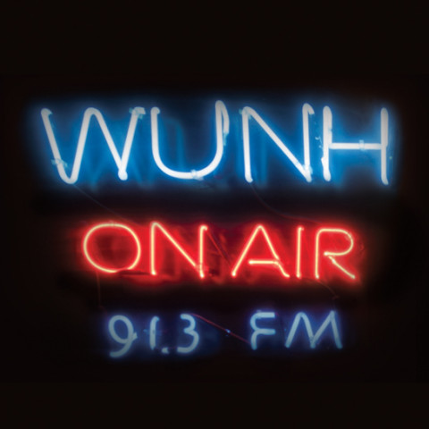 WUNH Neon Sign